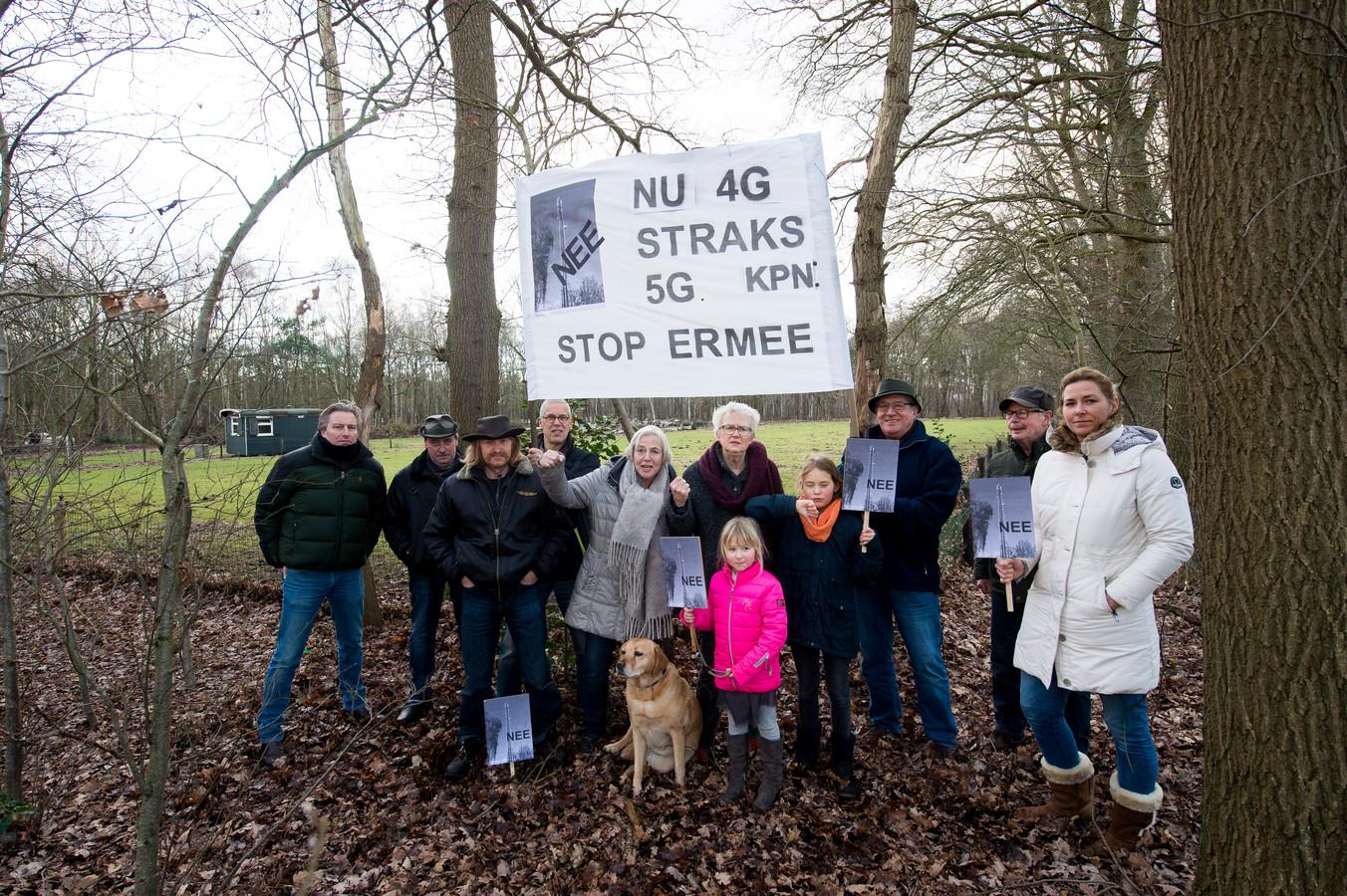 Tumult in Emst, toen in 2019 duidelijk werd dat KPN hier een veertig meter hoge zendmast wil bouwen.