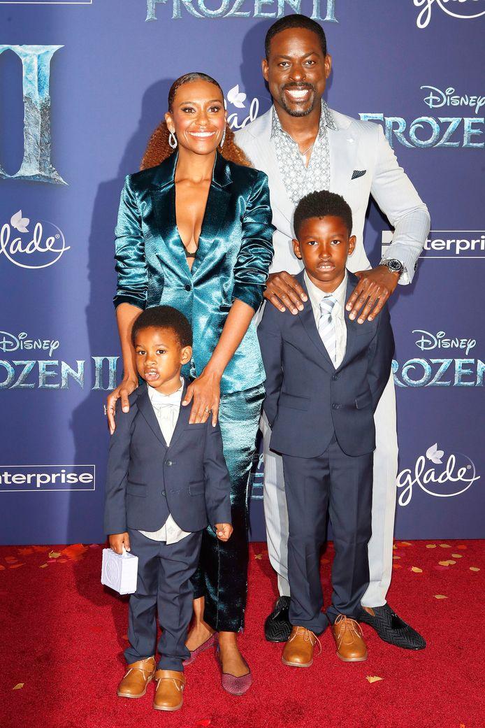 Sterling K. Brown, sa femme Ryan Michelle Bathe et leurs deux fils Andrew et Amare.
