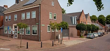 Woonstichting Hulst maakt energiezuinig imago ook in eigen huis waar