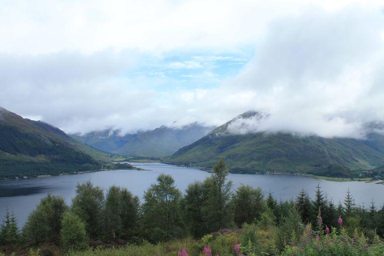 Water, heuvels en wolken: het vaste decor in Schotland. Beeld Stijn De Wandeleer