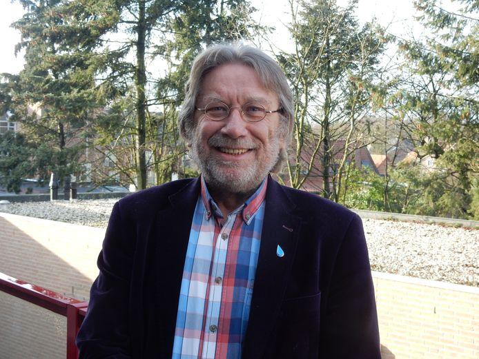 De bekende Somerenaar Louis van den Bosch overleed op zaterdag 21 maart 2020. Het dorp brengt zondag alsnog een hommage aan hem.