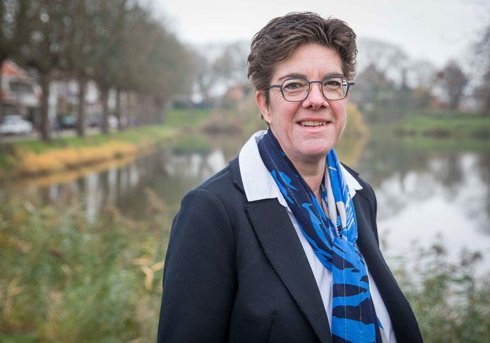 Jacqueline van den Hil.