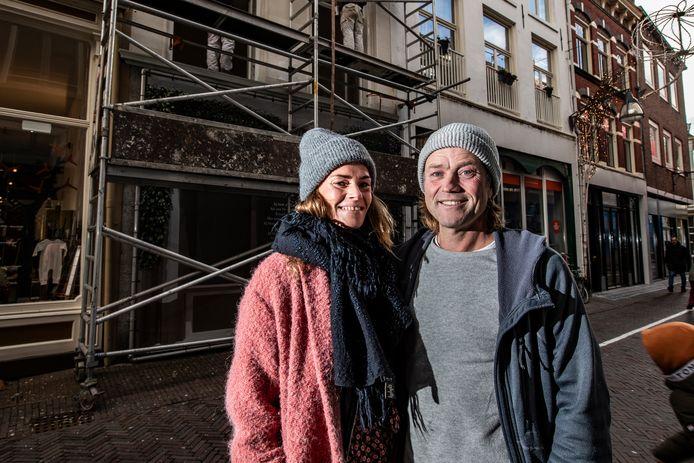 """Timo met zijn vriendin Margo: ,,Dit gebied had het jaren lastig, maar ik zie hier potentie."""""""