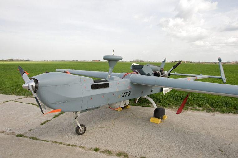 Een B-Hunter op de luchtmachtbasis in Koksijde. Ook deze toestellen worden aan de grond gezet, omdat ze niet voldoende inzetbaar en verouderd zijn. Beeld belga