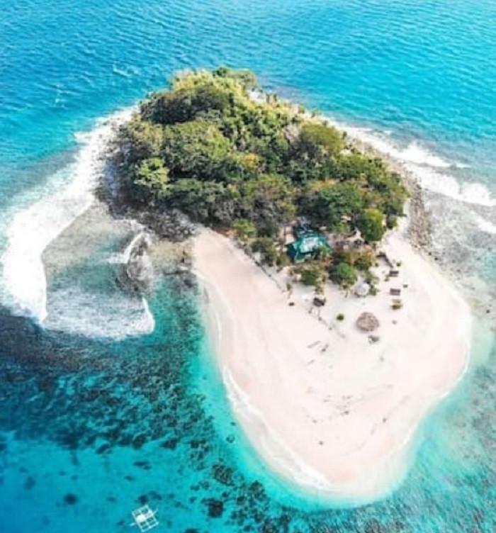 Het eiland zou normaliter onbetaalbaar zijn geweest maar nu betalen de Nederlanders slechts 25 euro per persoon per nacht.