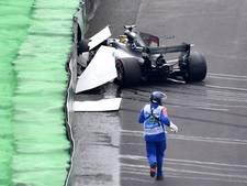 Hamilton crasht en is veroordeeld tot inhaalrace