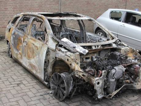 Auto van daders schietpartij Delft uitgebrand teruggevonden in Brabant