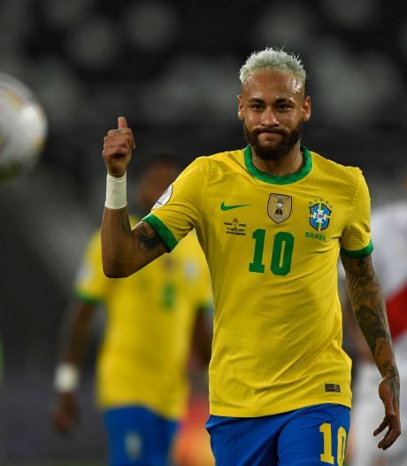 Geëmotioneerde Neymar vervult bij Brazilië hoofdrol in Copa América