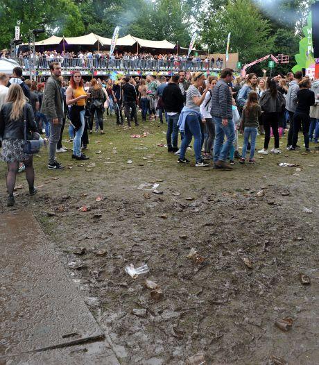 Zompige en modderige grasvelden Wantijpark verleden tijd als het aan gemeente ligt
