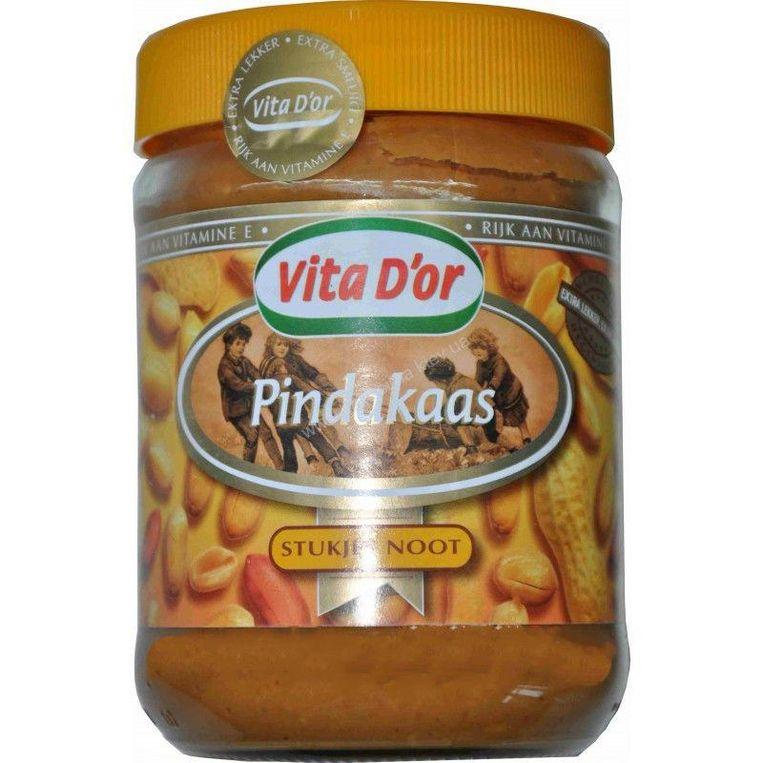 3: Vita D'or (Lidl) Pindakaas met stukjes pinda; 500 g. 1,59 euro (0,32 euro /100 g.) Beeld