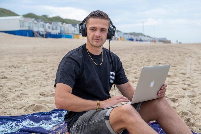 DJ Roan Kole uit Goes draait deze zomer op SummerRockz aan de Costa Brava.