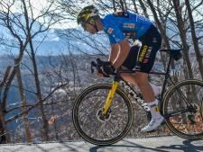 Wout Van Aert a cédé son maillot, mais croit encore à la victoire finale