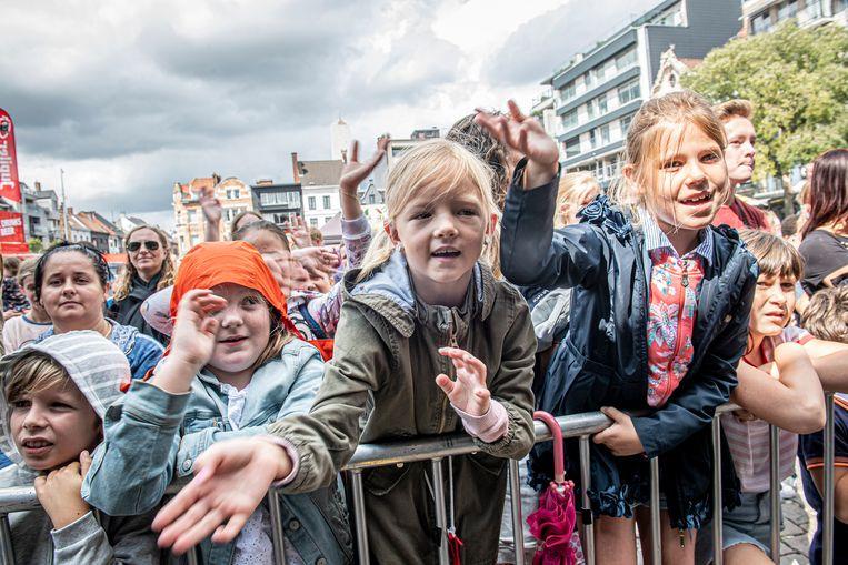 Ondanks de dreigende wolken: ambiance troef bij het jonge volkje op Kidsfest #VANRSL