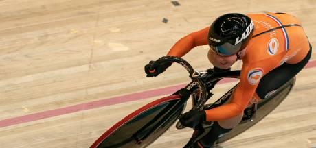 Lamberink is blij met brons, maar baalt van missen finale teamsprint op EK Baan in Apeldoorn
