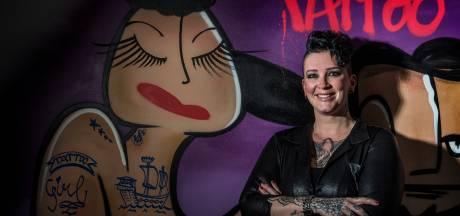 Haar eerste tattoo zette Josje bij zichzelf: 'Gewoon het woordje love, maar wát was ik trots'
