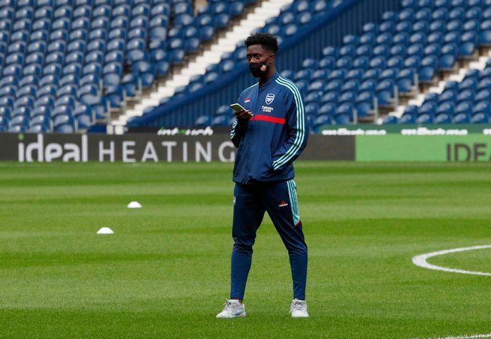 Albert Sambi Lokonga n'a pas bougé du banc des remplaçants à Manchester City.