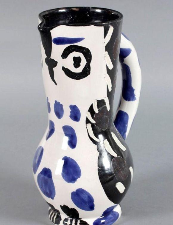 De beschilderde Picasso-vaas die door de zeventiger werd vergeten op de trein.