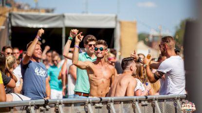 Mannen in blote bast op festival? Vrouwen zijn er gek op!