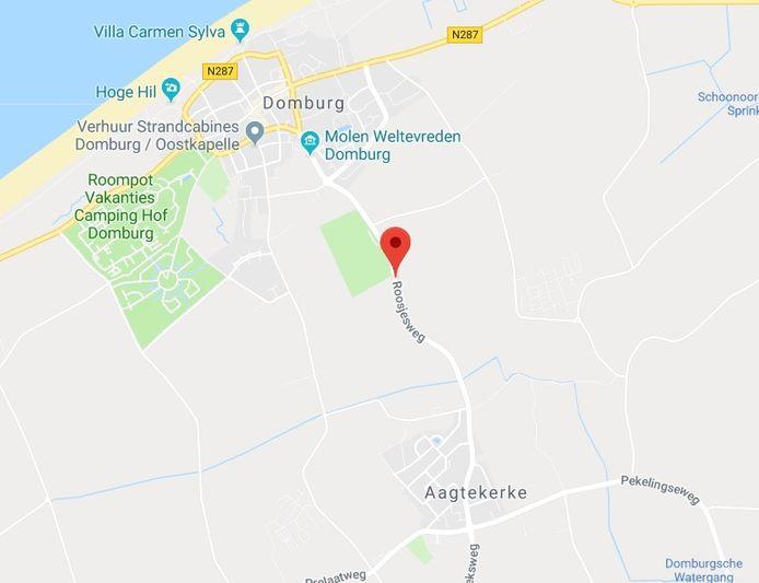Roosjesweg, waar ook voetbalvereniging Domburg zit.