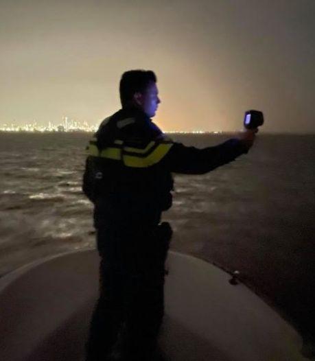 Nieuwe manier van surveilleren: met warmtebeeldcamera op de boot