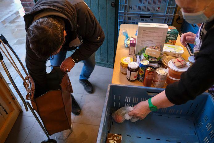 De voedselbank Hellendoorn is klaar voor een eventuele stijging van het aantal aanvragers.