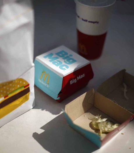 McDonald's wil klanten voortaan aan tafel bedienen