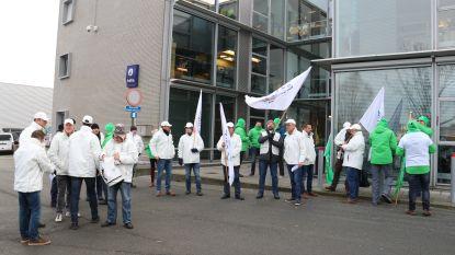 Stakingspost aan politiekantoor in Aalst