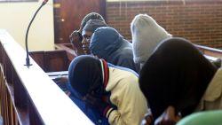 """Eten van mensenvlees beu"": Zuid-Afrikaanse rechter legt kannibalen levenslange gevangenisstraf op"