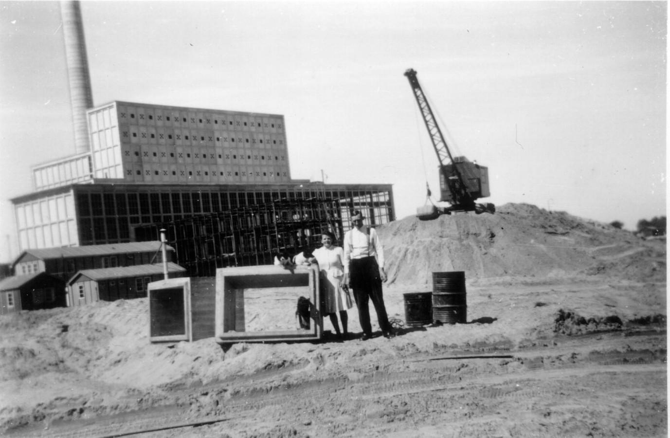 De bouw van de IJsselcentrale