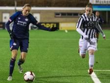 Koploper PSV kent geen genade met vrouwenploeg Achilles'29
