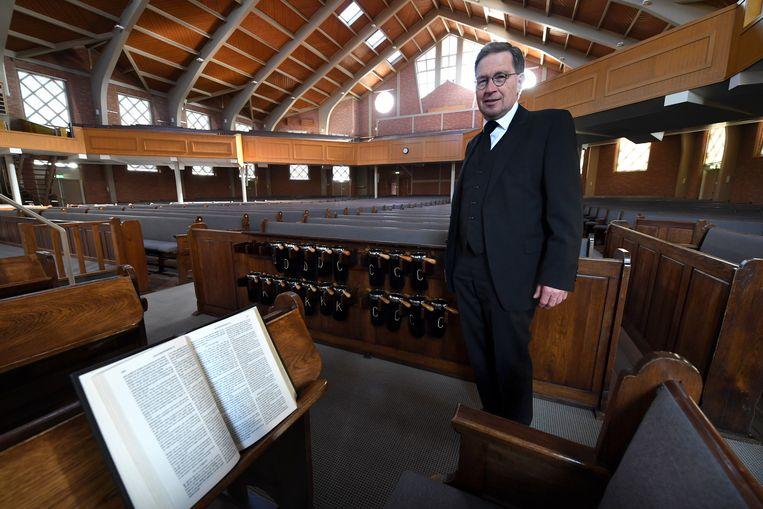 Klaas Ruitenberg, diaken van de Gereformeerde Gemeente in Nederland (GGiN) in Opheusden. Beeld Marcel van den Bergh / de Volkskrant
