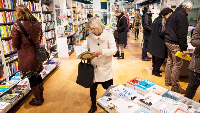 Ook de Linnaeusboekhandel in de Watergraafsmeer doet mee Beeld Maarten Steenvoort