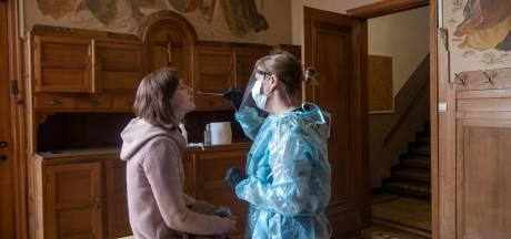 Antwerpen zet preventieve sneltesten in voor stagiairs die klasbubbel doorbreken