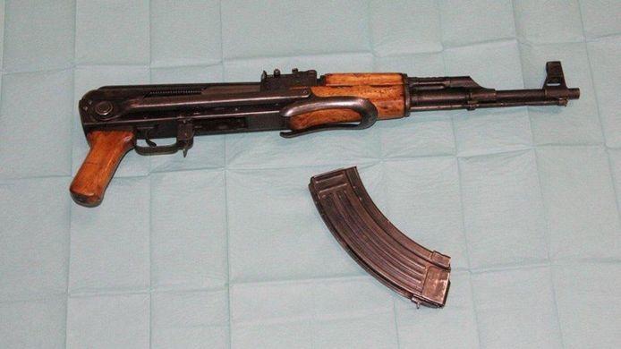Een van de gevonden wapens.