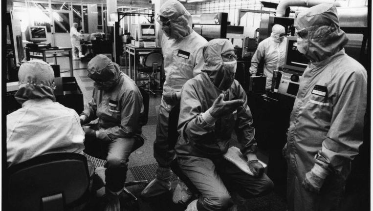 Het Natlab van Philips rond 2000. In de jaren zeventig werkten er een paar duizend onderzoekers. Beeld Hollandse Hoogte / Marcel van den Bergh