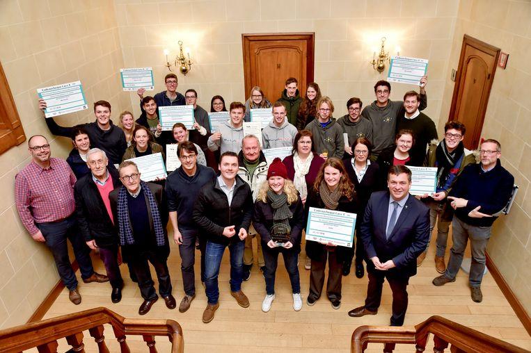 De goede doelen kerstmarkt werd afgesloten met de uitreiking van de YES Award.