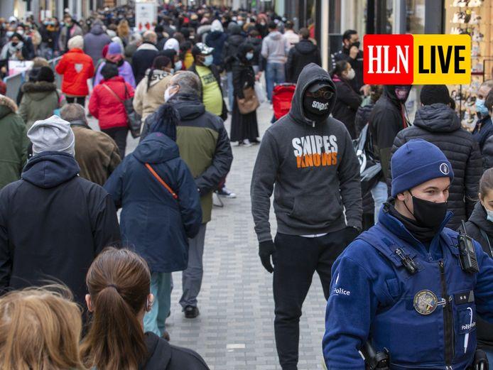 De Nieuwstraat in Brussel op zaterdagmiddag.
