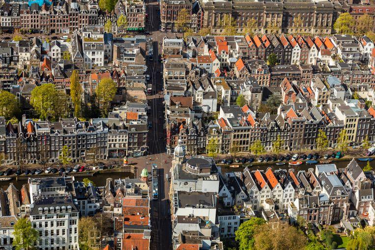 Een luchtfoto van de stad Amsterdam. Beeld Avalon/Universal Images Group vi