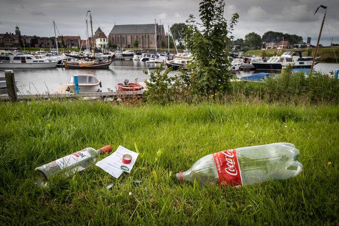 BVVS baalt van de rotzooi in de haven van Vollenhove.