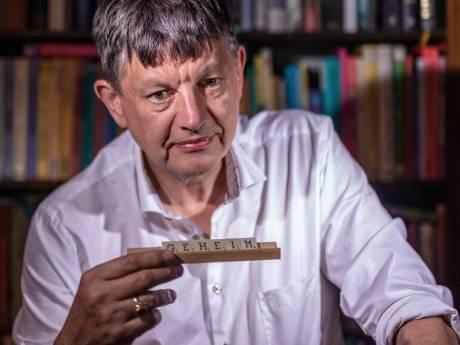 Topambtenaar onder vuur na 'ontoelaatbare' tweets over Pieter Omtzigt: 'Een ongeleid projectiel'