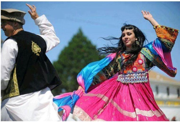 Danstradities in Afghanistan zijn rijk maar weinig gedocumenteerd, en ze worden sinds de Taliban aan de macht zijn steeds minder uitgevoerd. Beeld