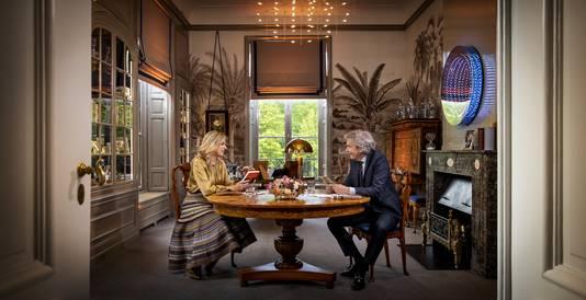 Koningin Maxima tijdens een interview met Matthijs van Nieuwkerkter gelegenheid van haar 50everjaardag.