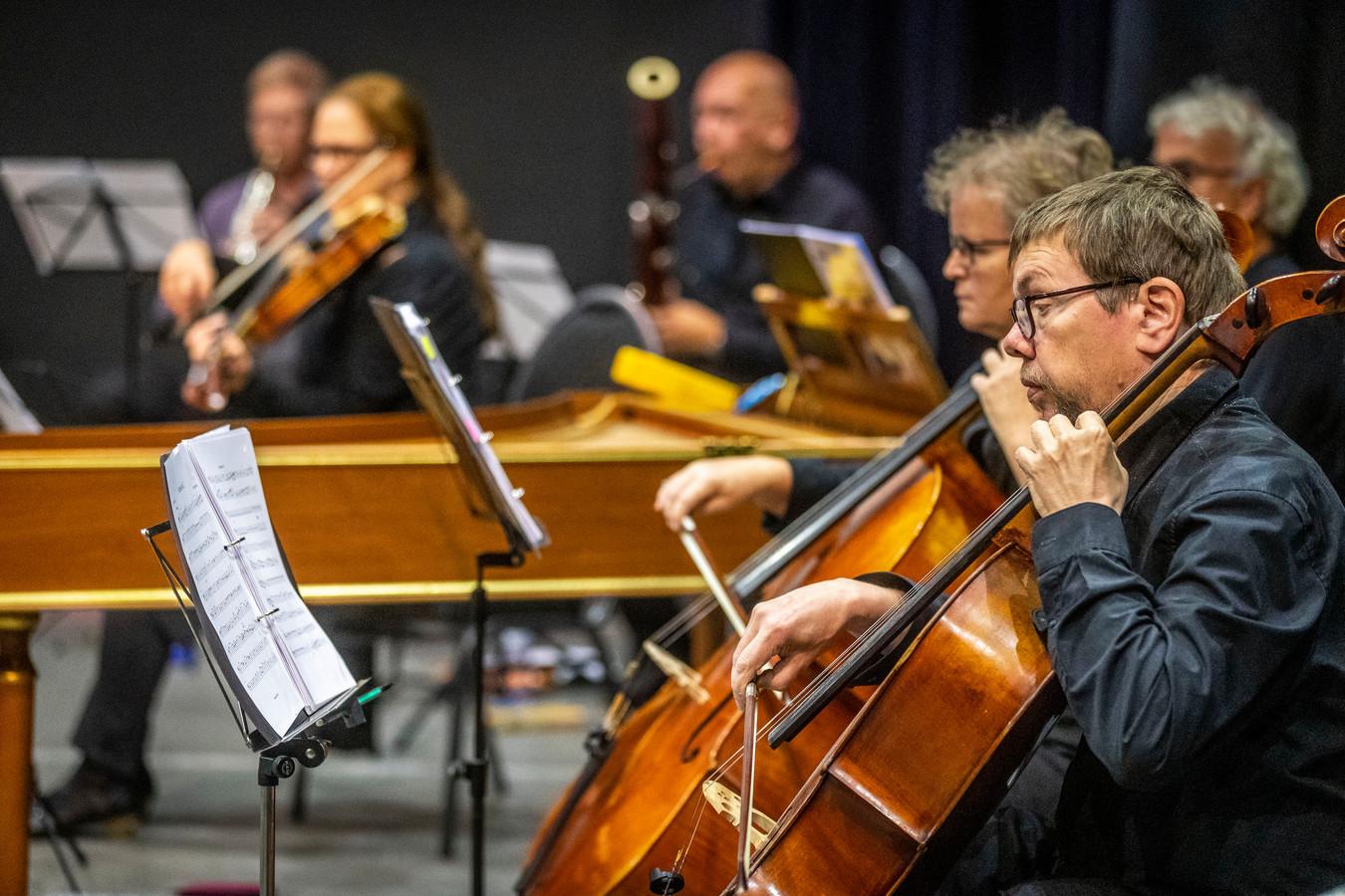 Het Haydn Orkest repeteert in Centrum Hofdael in Geldrop.