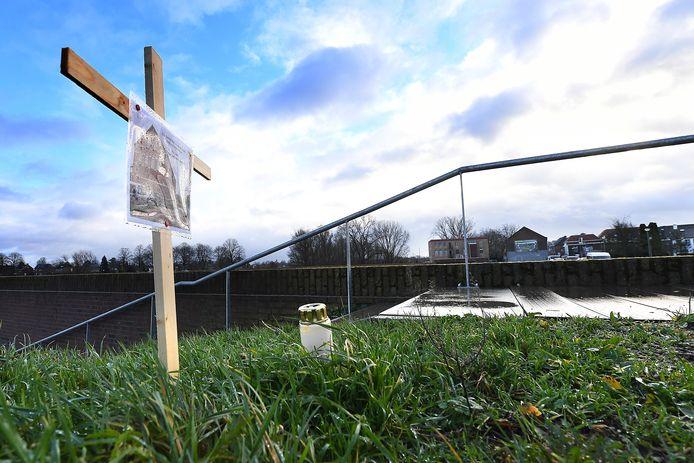 Er is protest gerezen tegen de verbouwing van de Genneper Molen.
