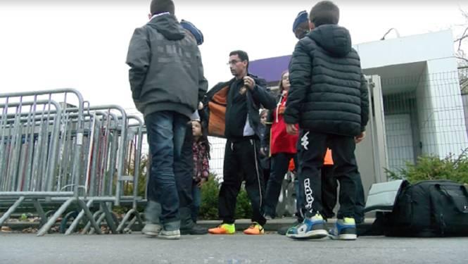 VIDEO: zware politiecontroles op training Rode Duivels