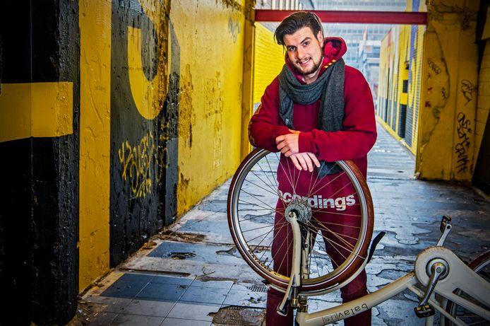 Henk van Dillen is van plan binnen de poolcirkel te gaan fietsen.