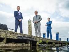 Welk verleden uit Salland hebben deze drie burgemeesters in Flevoland met elkaar gemeen?