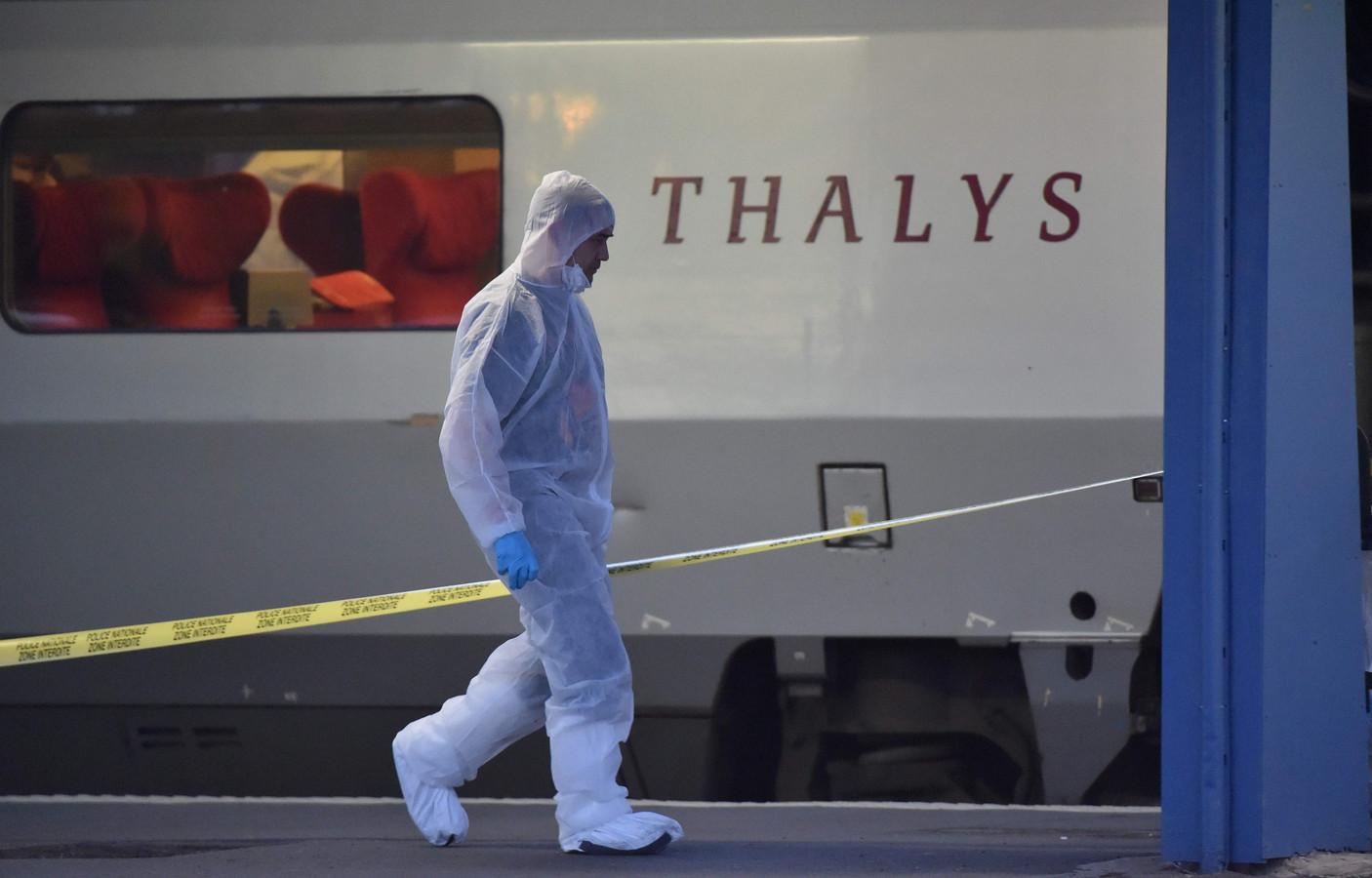 Op 21 augustus 2015 konden drie Amerikaanse reizigers een in Brussel-Zuid opgestapte terrorist die een kalasjnikov wilde leegschieten in een volle reizigerscoupé overmeesteren.