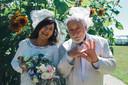 Urbanus en z'n vrouw tijdens de viering van hun 25 jaar huwelijk.