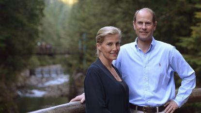 """Prins Edward en zijn echtgenote Sophie vieren 20 jaar huwelijk: """"Ooit mislukkelingen, nu de lievelingen van koningin Elizabeth"""""""